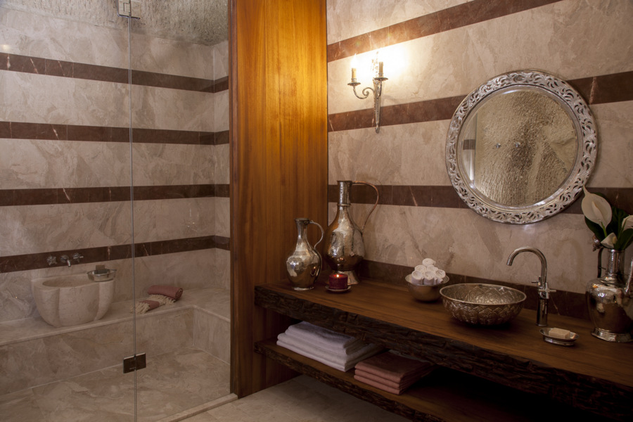 Bathroom of Superior Family Suite Room #11